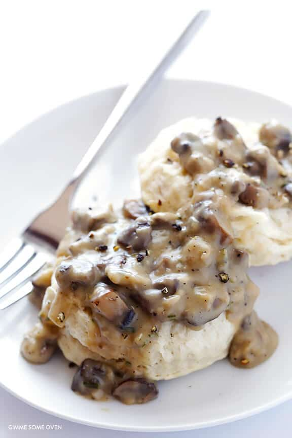 Vegan-Biscuits-and-Mushroom-Gravy
