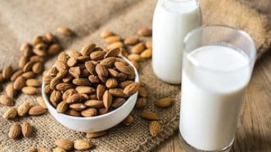 How-long-does-almond-milk-last